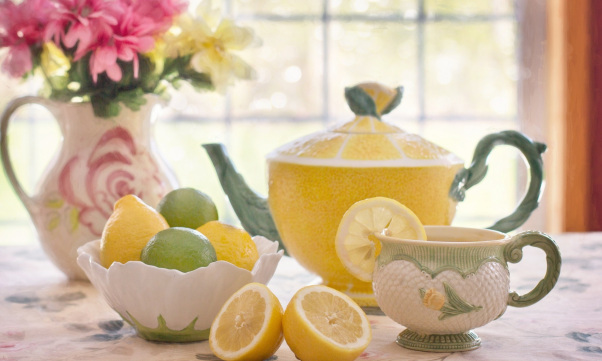 tea_with_lemon-wallpaper-2048x1152